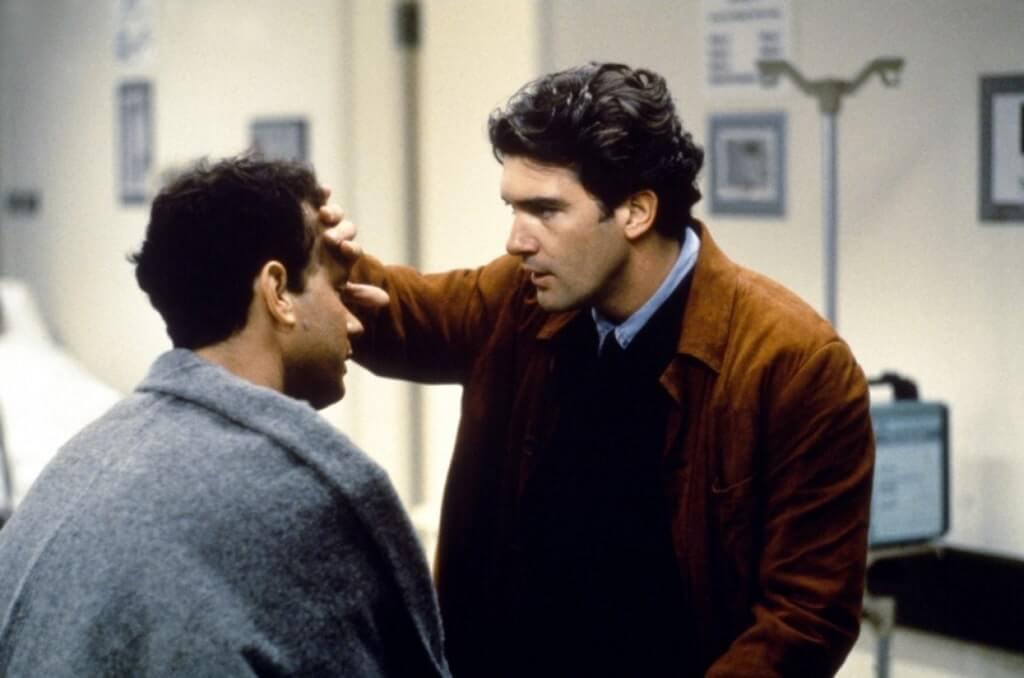 映画「フィラデルフィア」ゲイ差別と闘う弁護士。実話?あらすじ、ネタバレ感想